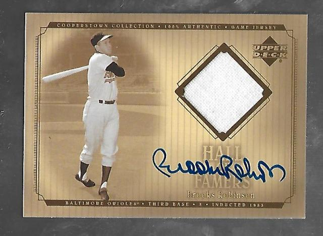 BROOKS ROBINSON 2001 Upper Deck Cooperstown Collection Hall of Famers patch #SJ-BR