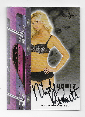 Nicole Bennett 2012 Benchwarmer Vault Authentic auto Autograph