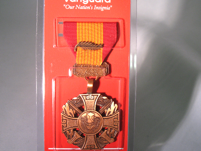 Vanguard Full Size Medal Vietnam Gallantry Cross Armed Forces with Palm