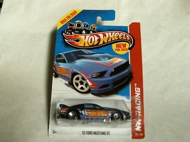 Hot Wheels  2013 HW Racing Race Team Blue '13 Ford Mustang GT 106/250 X1619