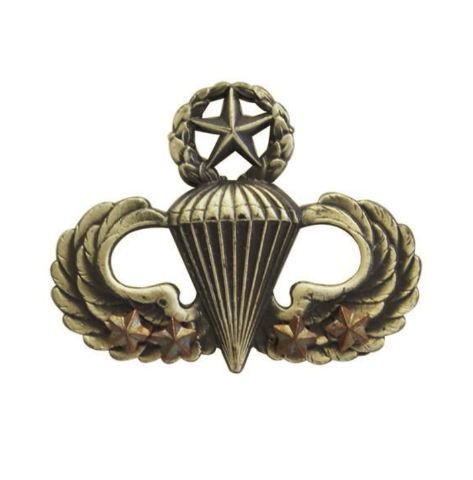 Vanguard ARMY BADGE: MASTER COMBAT PARACHUTE FOURTH AWARD - SILVER OXIDIZED