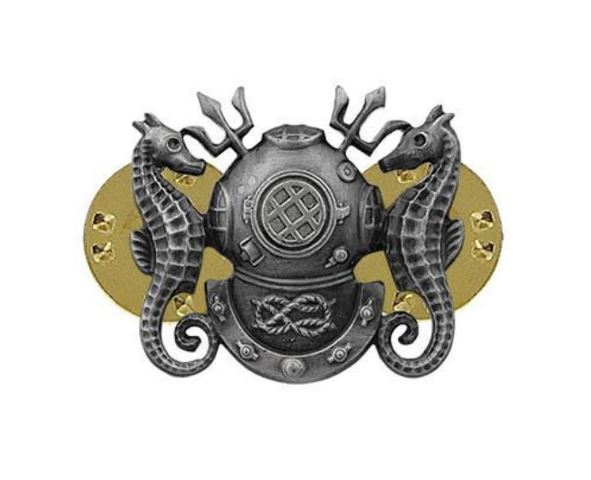 Vanguard Miniature Size Master Diver Badge Oxidized (Navy)