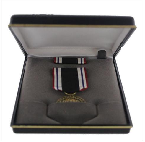 Vanguard Full size medal presentation set for the Prisoner of War award (Priced per set)