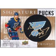 WAYNE GRETZKY 2014-15 Upper Deck Trilogy Signature Puck Signed Auto Card Blues