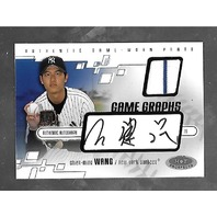 CHIEN-MING WANG 2003 Fleer MLB Hot Prospects Game Graphs auto patch /500
