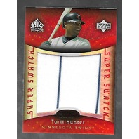 TORII HUNTER 2005 UD Reflections Super Swatch Jumbo patch /25 pin stripe
