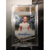 Michelle Waterson 2017 Topps Chrome UFC Fighters Autograph Gold Refractor Auto