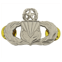 Vanguard AIR FORCE BADGE: CHAPLAIN ASSISTANT: MASTER - REGULATION SIZE