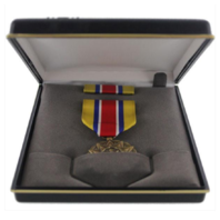 Vanguard MEDAL PRESENTATION SET ARMY RESERVE COMPONENT ACHIEVEMENT