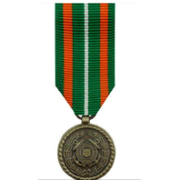 Vanguard (Mini) Miniature US Coast Guard Achievement Military Medal Award