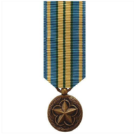 Vanguard (Mini) Miniature Military Outstanding Volunteer Service Medal Award