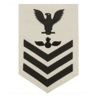 Vanguard NAVY E6 MALE RATING BADGE: AVIATION ORDNANCEMAN - WHITE