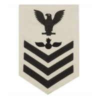 Vanguard NAVY E6 FEMALE RATING BADGE: AVIATION ORDNANCEMAN - WHITE