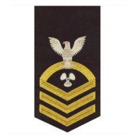 Vanguard NAVY E7 MALE RATING BADGE: MACHINIST'S MATE - SEAWORTHY GOLD ON BLUE