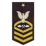 Vanguard NAVY E8 MALE RATING BADGE: AVIATION STRUCTURE MECHANIC VANCHIEF ON BLUE