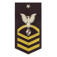 Vanguard NAVY E8 MALE RATING BADGE: ENGINEERING AIDE - VANCHIEF ON BLUE