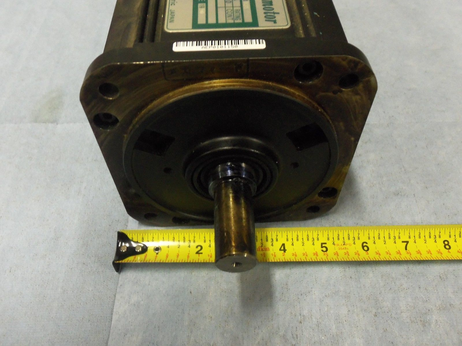 Yaskawa ac servo motor usamed 03mb2s 1000 rpm 0 3kw for 1000 rpm dc motor