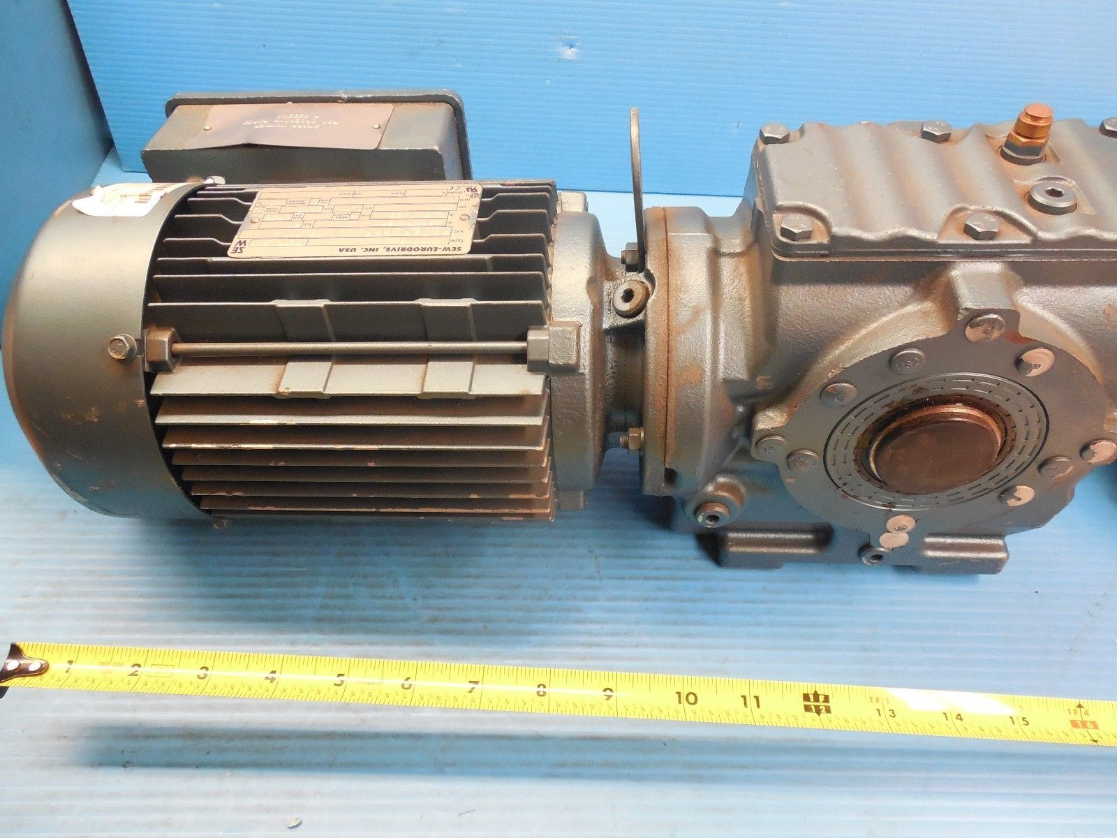 New Sew Eurodrive Sa47dt80k6 Speed Reducer With Dft80k6