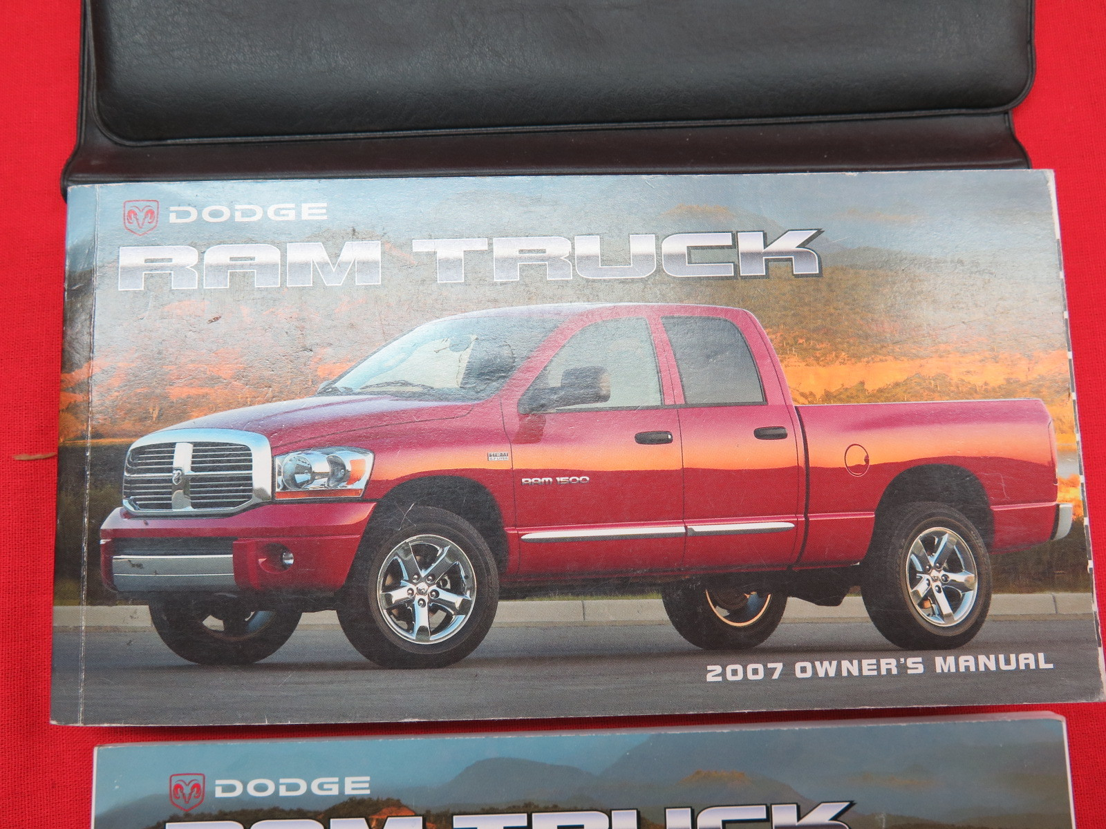 service manual 2007 dodge ram 2500 owners manual free free dodge ram 2007 repair service. Black Bedroom Furniture Sets. Home Design Ideas