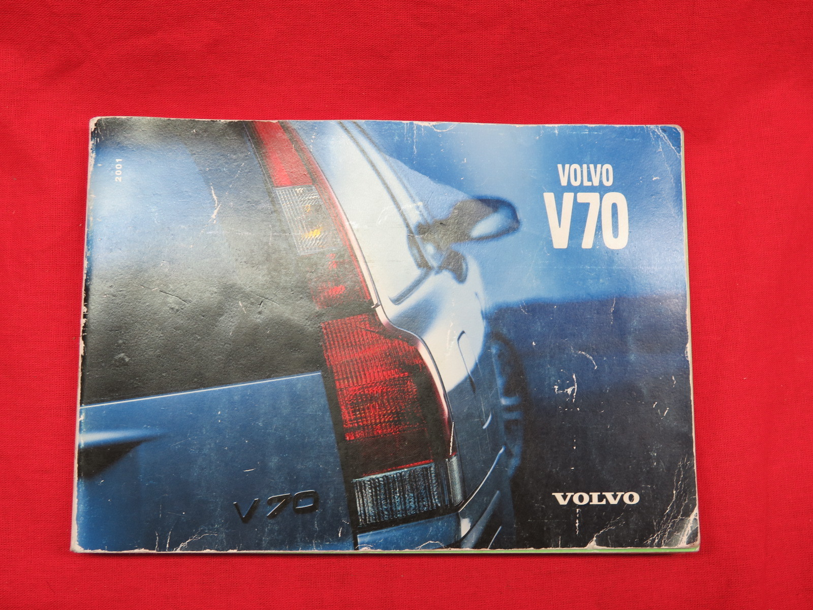 2001 Volvo V70 Owners Manual Book