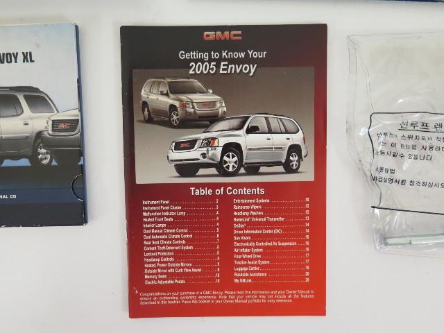 purchase 2005 gmc envoy envoy xl envoy denali owners manual book rh 2040 parts com 2005 GMC Envoy XL Open 2004 GMC Envoy XL Interior