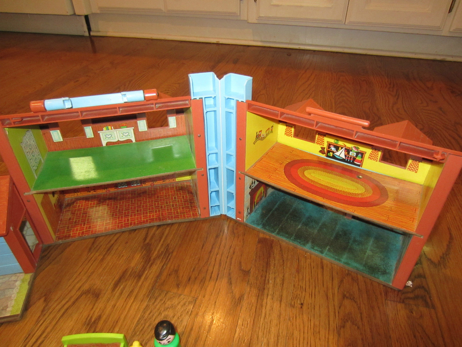 Fisher Price Vintage Little People Play Family Tudor Doll House People Furniture Ebay