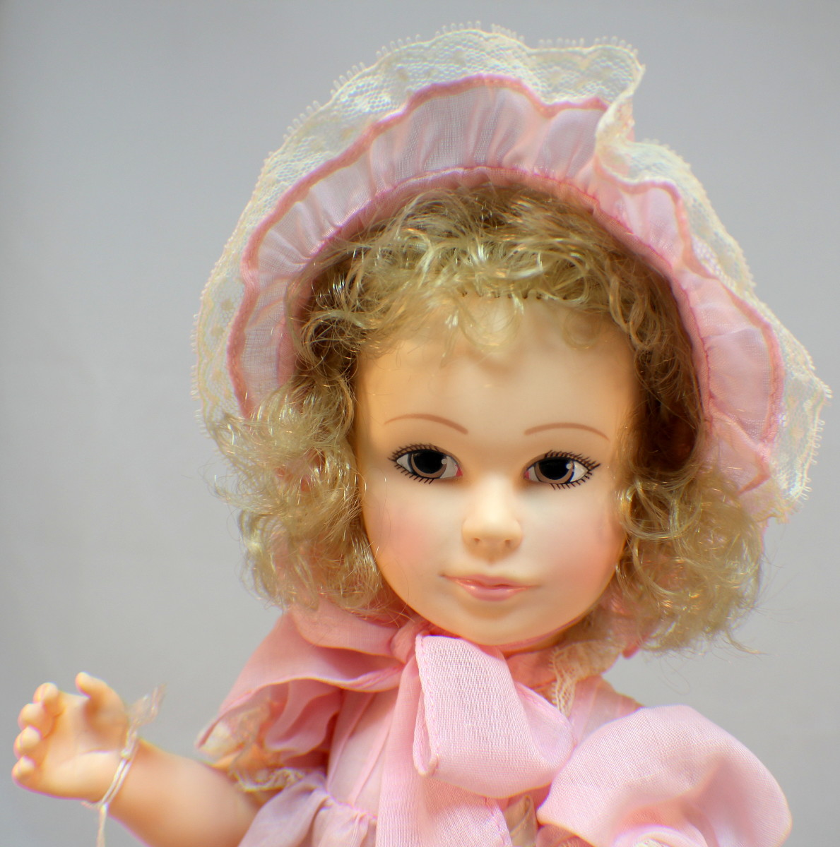 Jan Hagara Figurines For Sale: Vintage Jan Hagara Minty Crisp Laurel Doll All Original