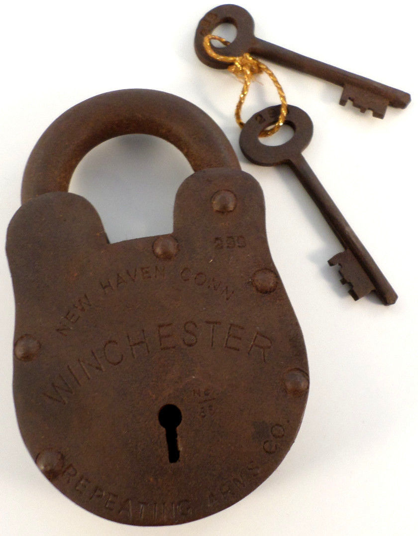 Cast iron winchester new haven gun padlock lock with keys
