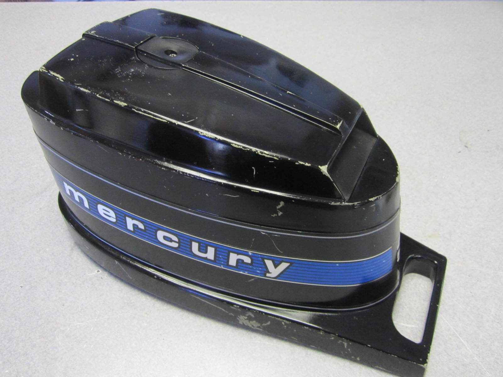 7668a 2 mercury 4 5 hp outboard top motor cover cowl for Mercury outboard motor cowling