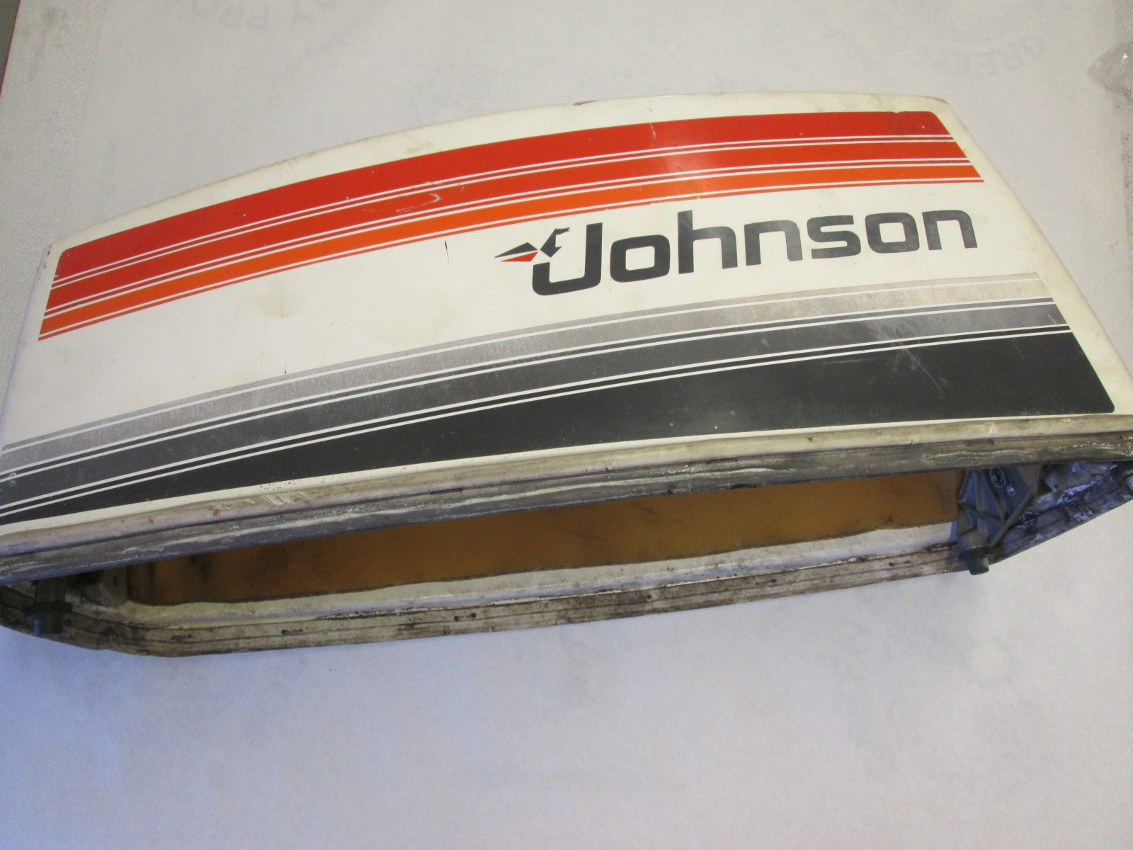 0389300 389300 johnson evinrude 50hp engine cover outboard for Boat motor covers johnson