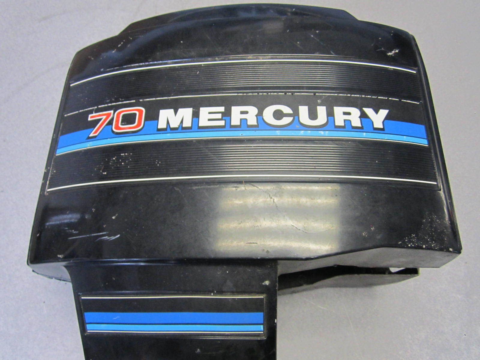 Mercury 70 hp outboard motor cowling cover clam shell ebay for Mercury outboard motor cowling