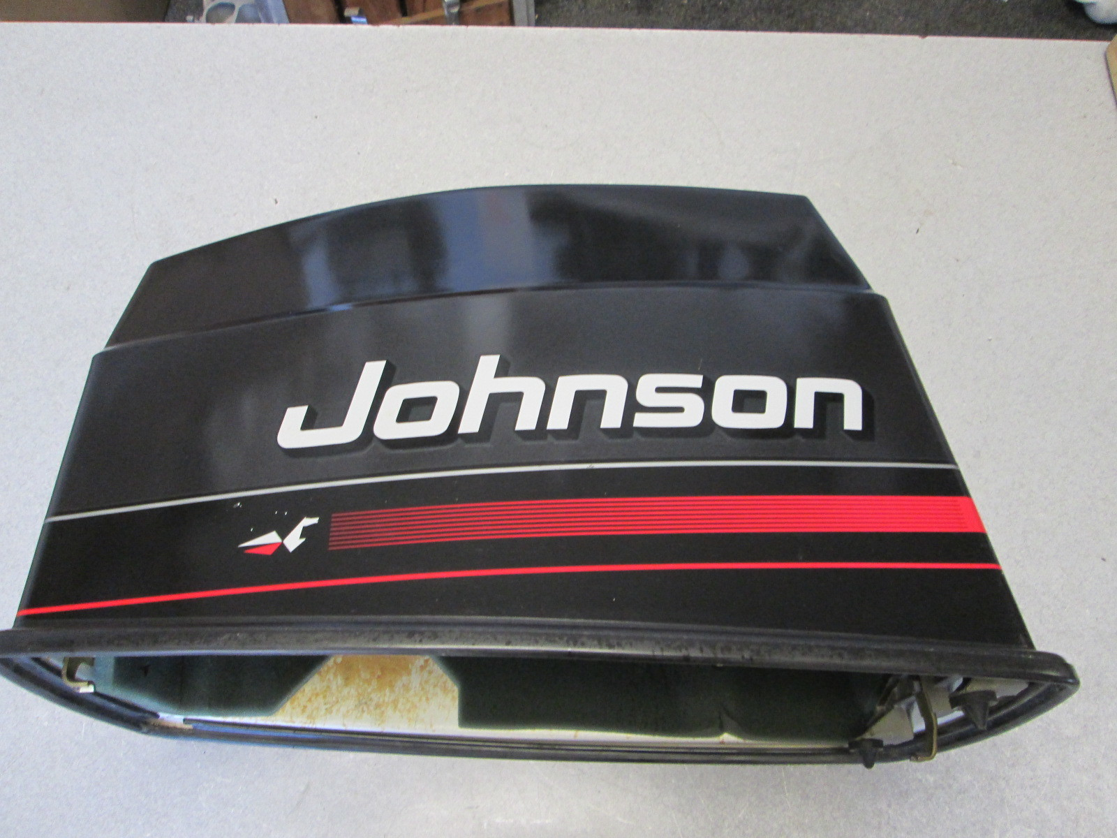 437193 439832 johnson outboard grey upper engine cowling for Boat motor covers johnson