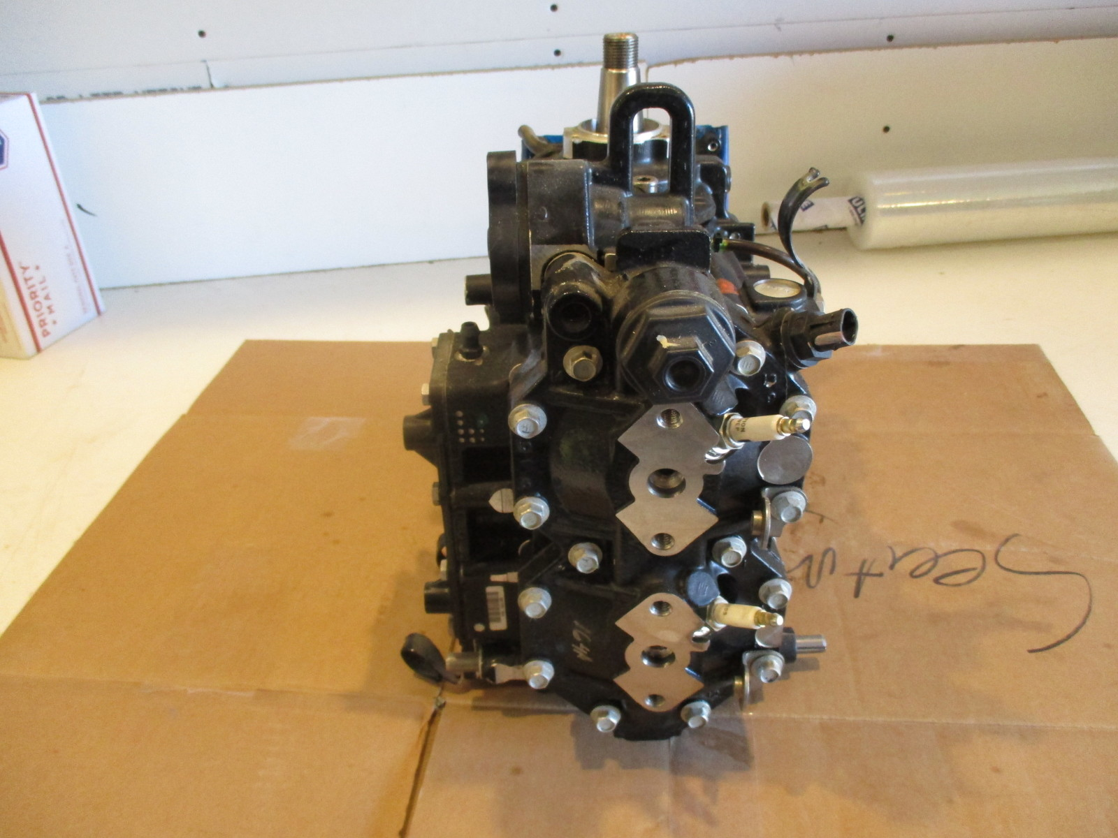 2009 Evinrude E Tec 40hp 2cyl Power Head Green Bay