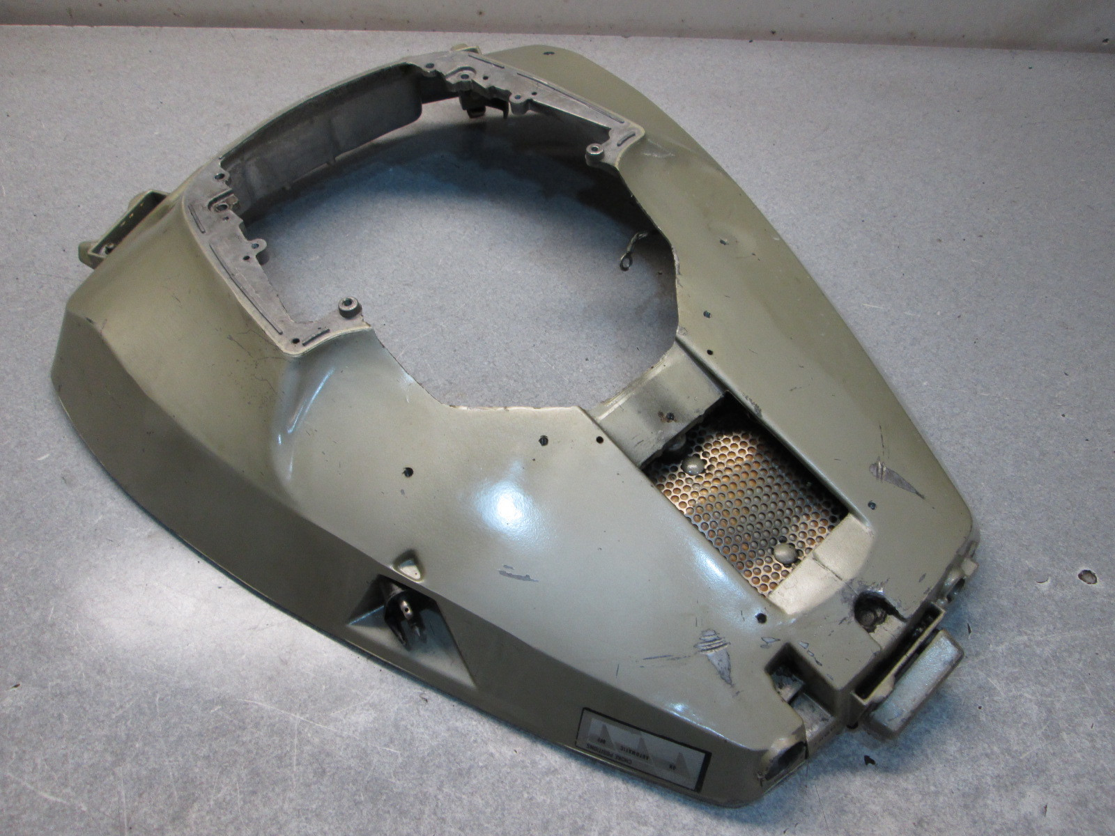 206549 Evinrude Johnson Outboard Lower Motor Cover Cowl 85