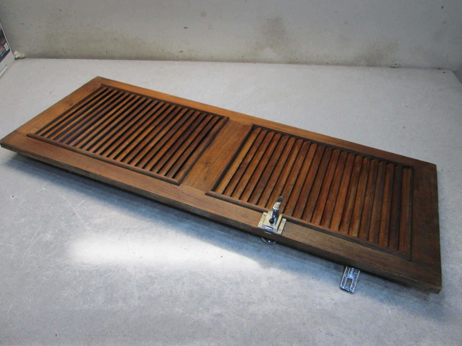 1989 thompson carrera 205 teak cuddy cabin slotted door 44 for Boat cabin entry doors