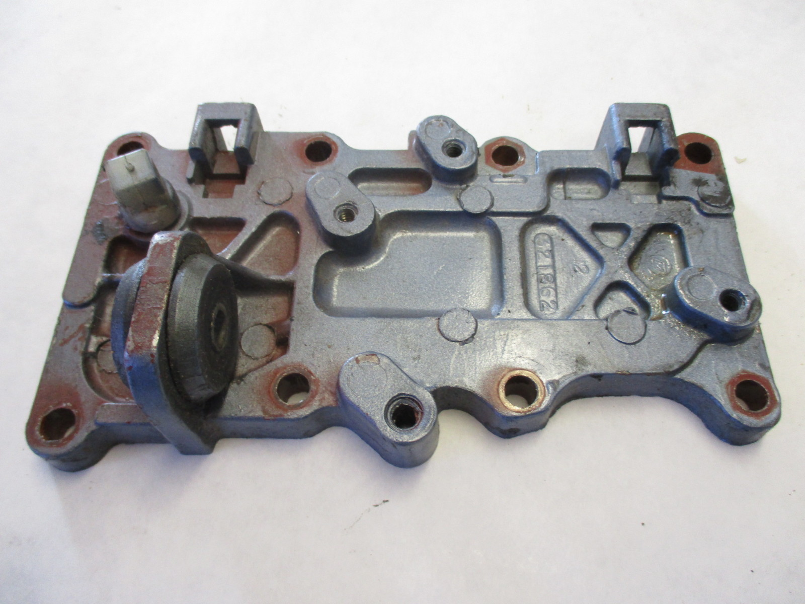 321862 15 Hp Johnson Evinrude 2 Cyl Outer Exhaust Crank