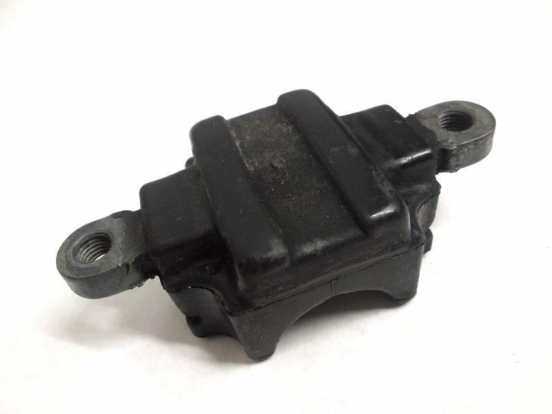 6h4 44557 10 00 lower front mount damper rubber yamaha for Yamaha outboard motor mount