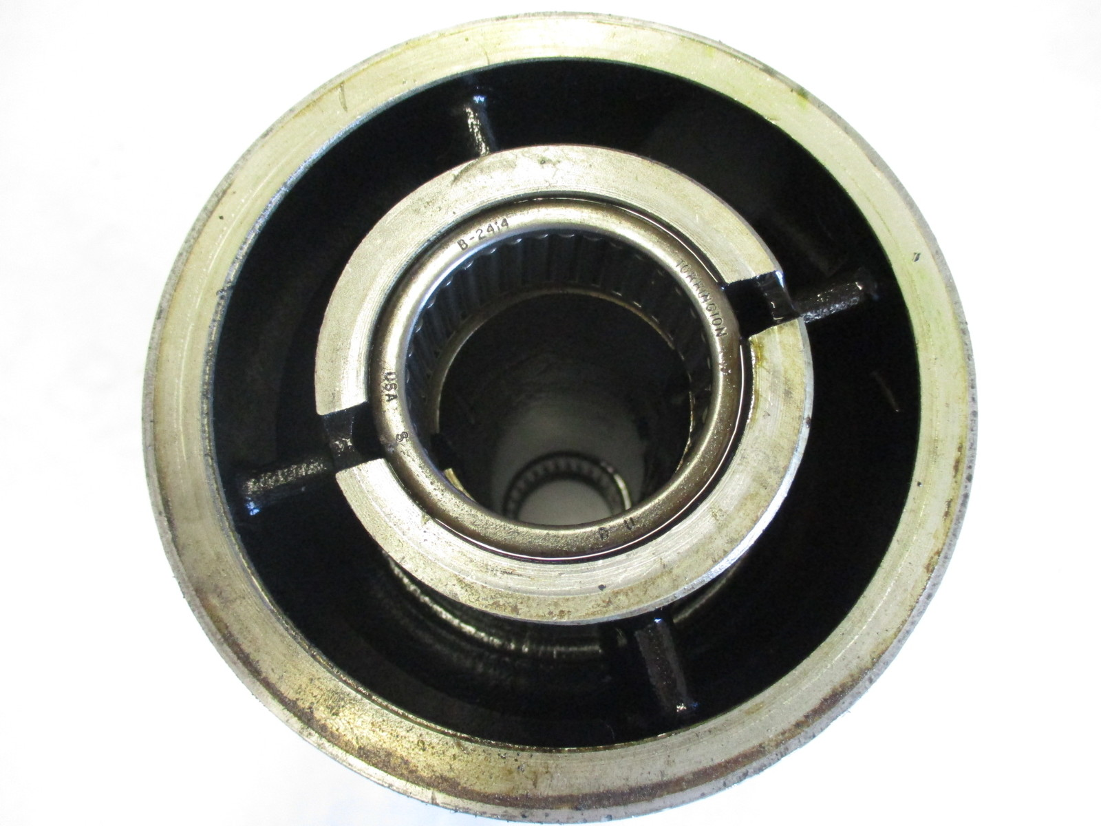 5004257 propshaft bearing carrier housing evinrude etec for House bearing