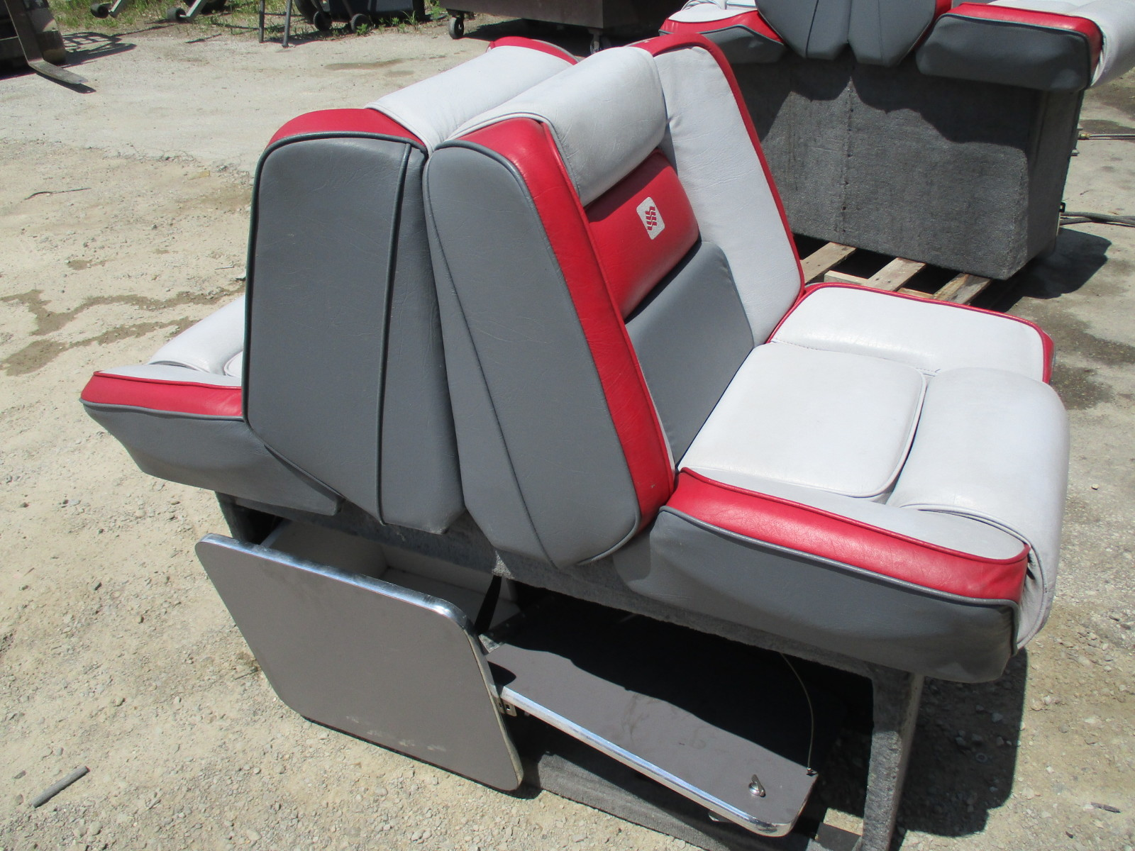 1988 Bayliner Capri Seat Covers