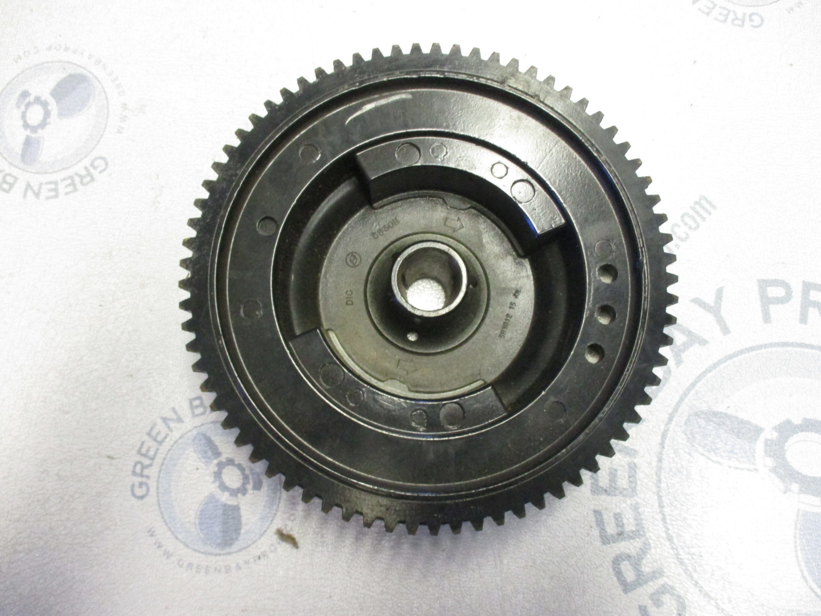 0583011 Evinrude Johnson Flywheel 1984 88 35 40 45 48 50