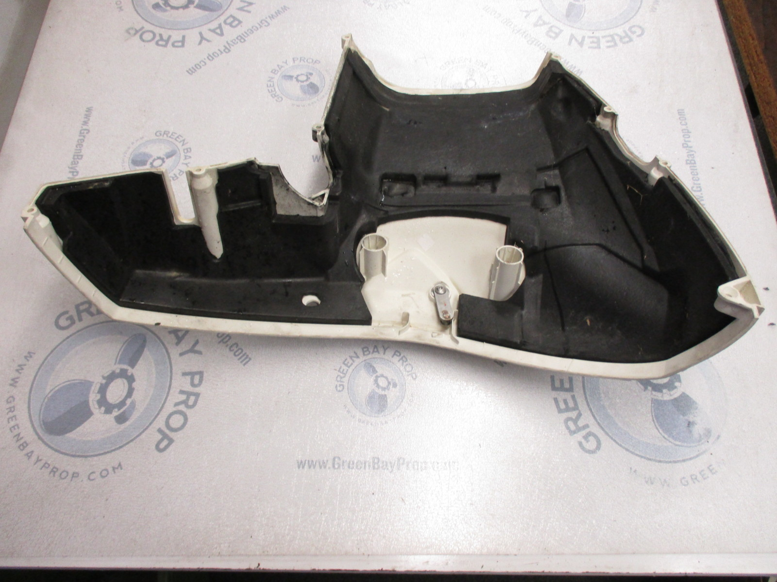 5007158 Evinrude Etec Outboard Lower Motor Cover Assembly