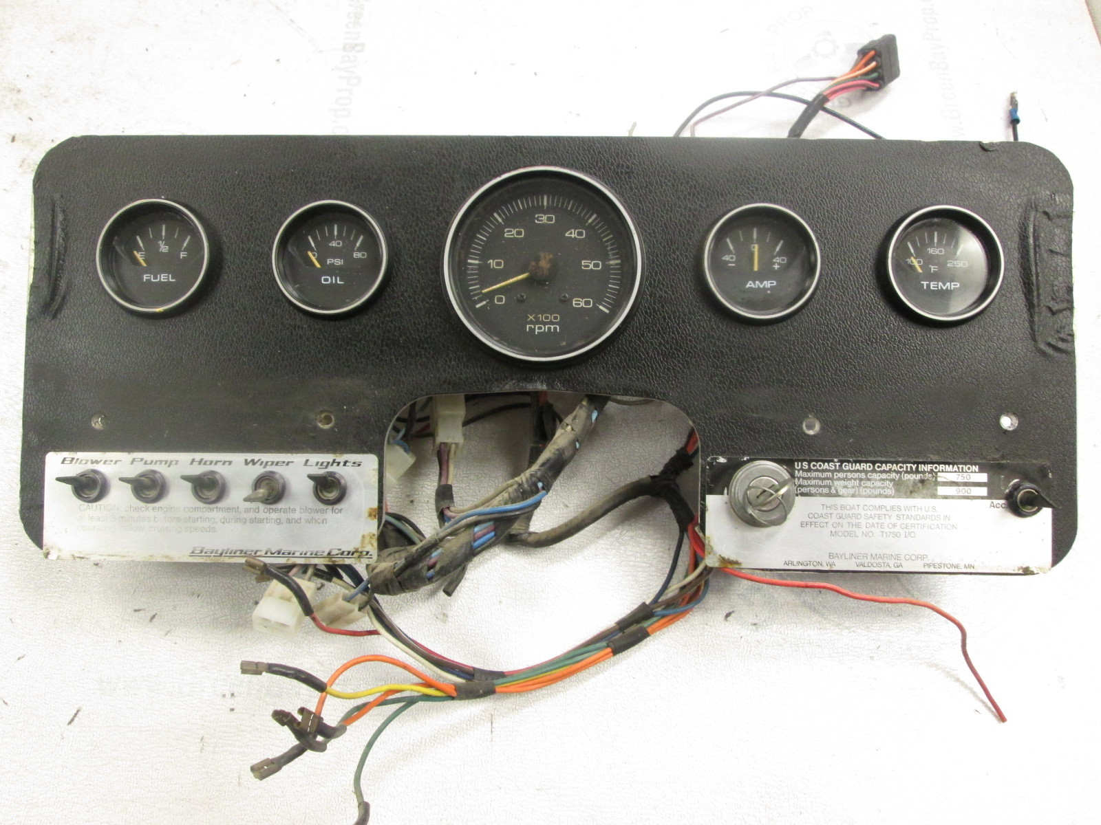 bayliner capri wiring diagram 1976 bayliner cascade dash panel with gauges and switches ... 1985 bayliner tachometer wiring