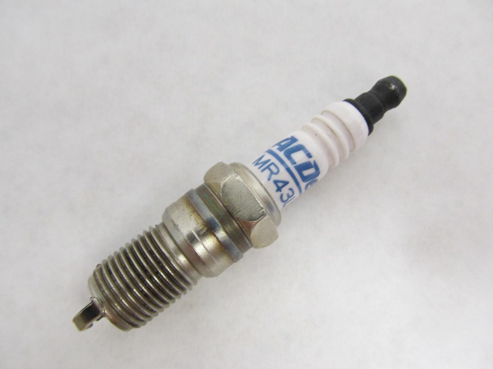 MR43LTS 5614210 AC-DELCO Marine Engine Spark Plug | Green Bay ...