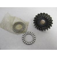 0390970 390970 378079 OMC Evinrude Johnson Forward Gear & Bushing 18-25 Hp