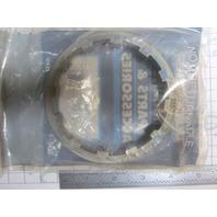 79448 8M2011027 Retainer Mercury/Mariner V6, Mercruiser 120-165