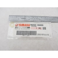 90202-06009 Yamaha 15-25 HP Outboard Nylon Plate Washer