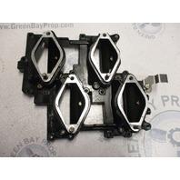 0437340 Evinrude Johnson Outboard V6 Upper Intake Manifold Plate