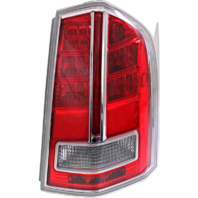 Fits 11-12 Chrysler 300 Right Passenger Tail Lamp Assembly with Chrome Center Accent