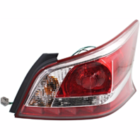 Fits 13-15 Nissan Altima Sedan Passenger Side Tail Lamp with Red Edge Trim