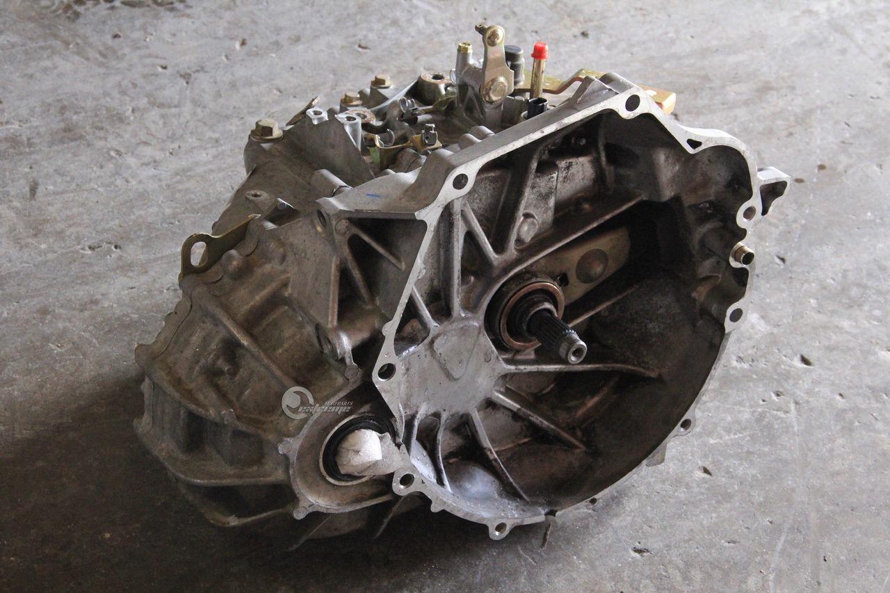 Sell Honda Accord 03 07 M T Manual Transmission Trans 24l 4 Cylinder